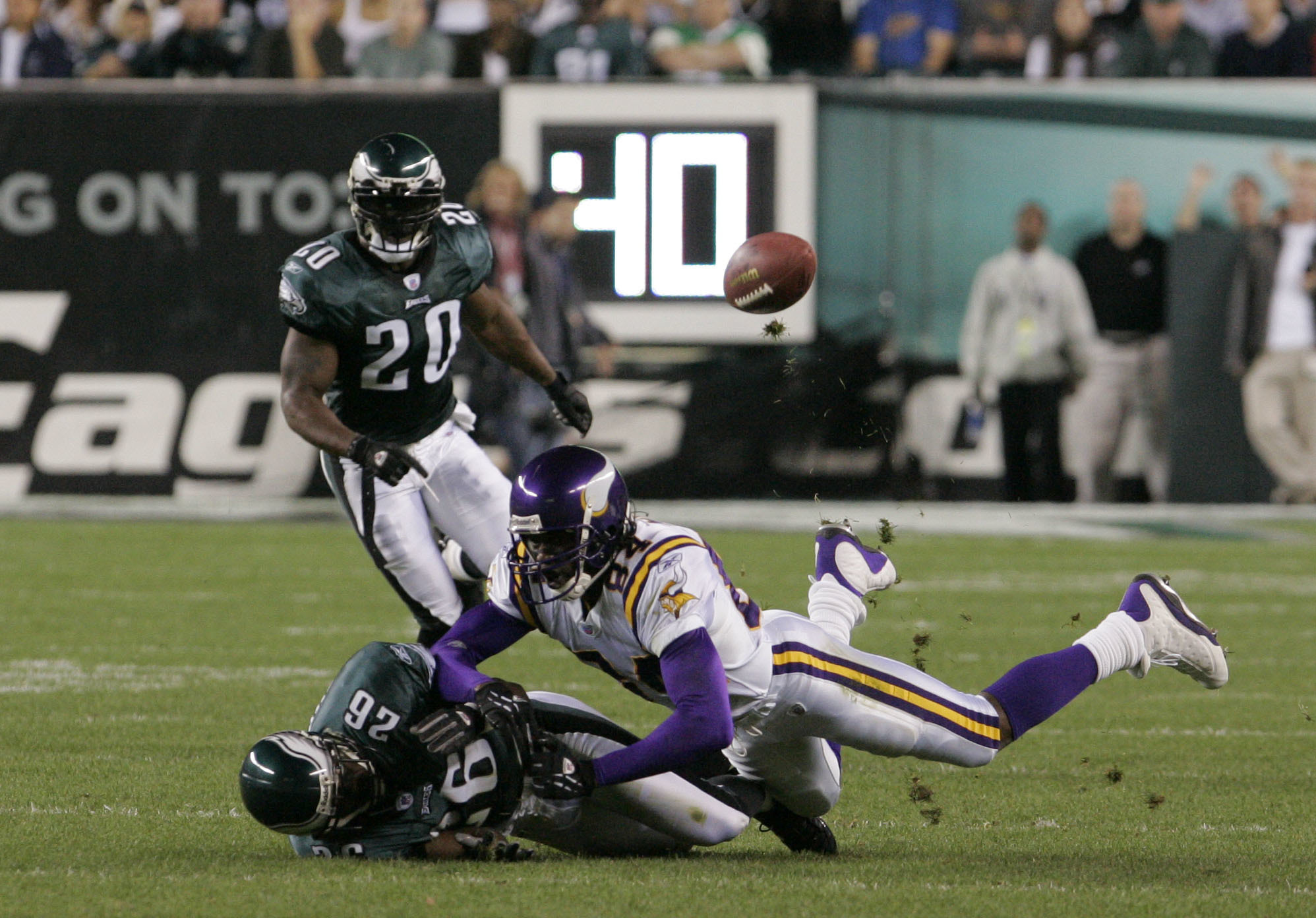 It was a disaster when Randy Moss was traded back to Minnesota in 2010. Here his in a 2004 game against the Eagles.