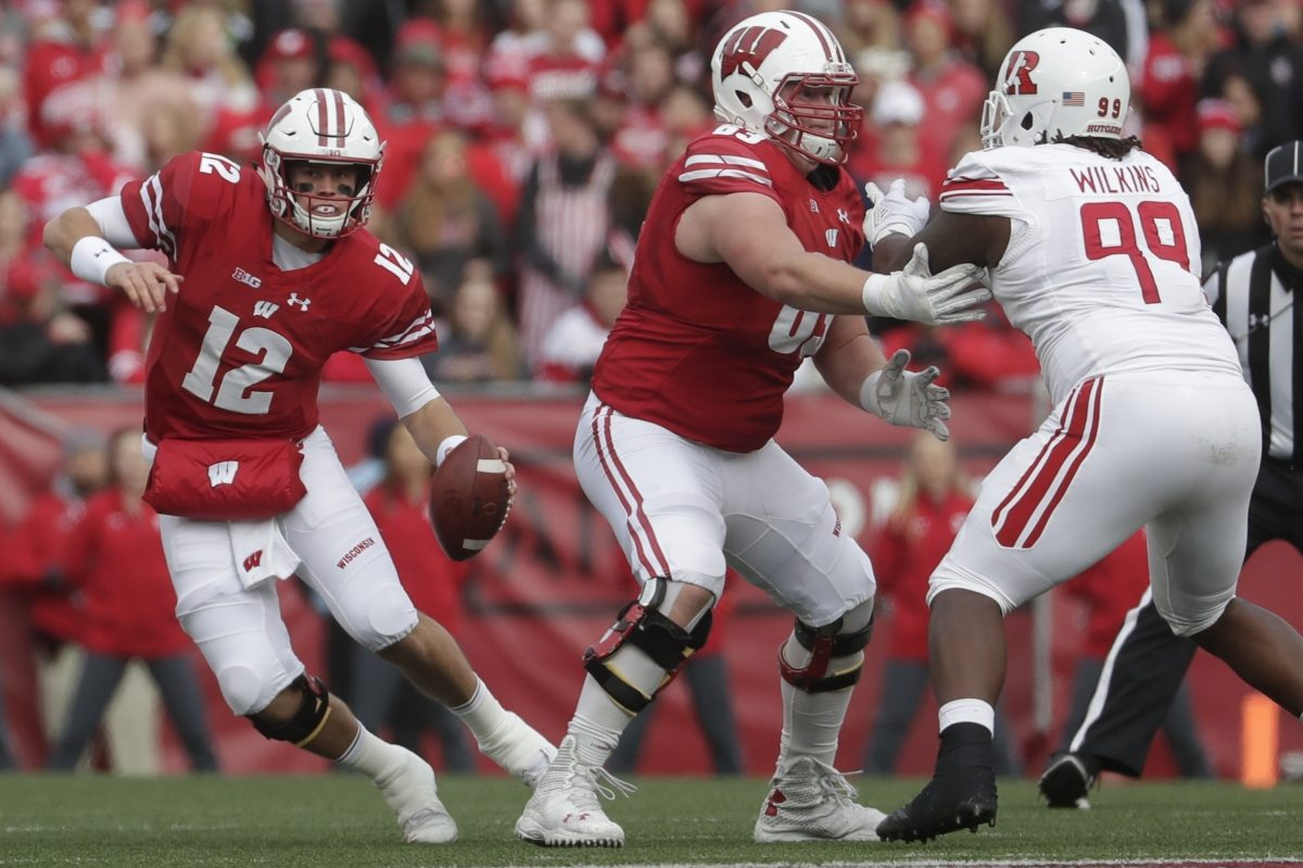 Wisconsin quarterback Alex Hornibrook's status questionable for Penn State game