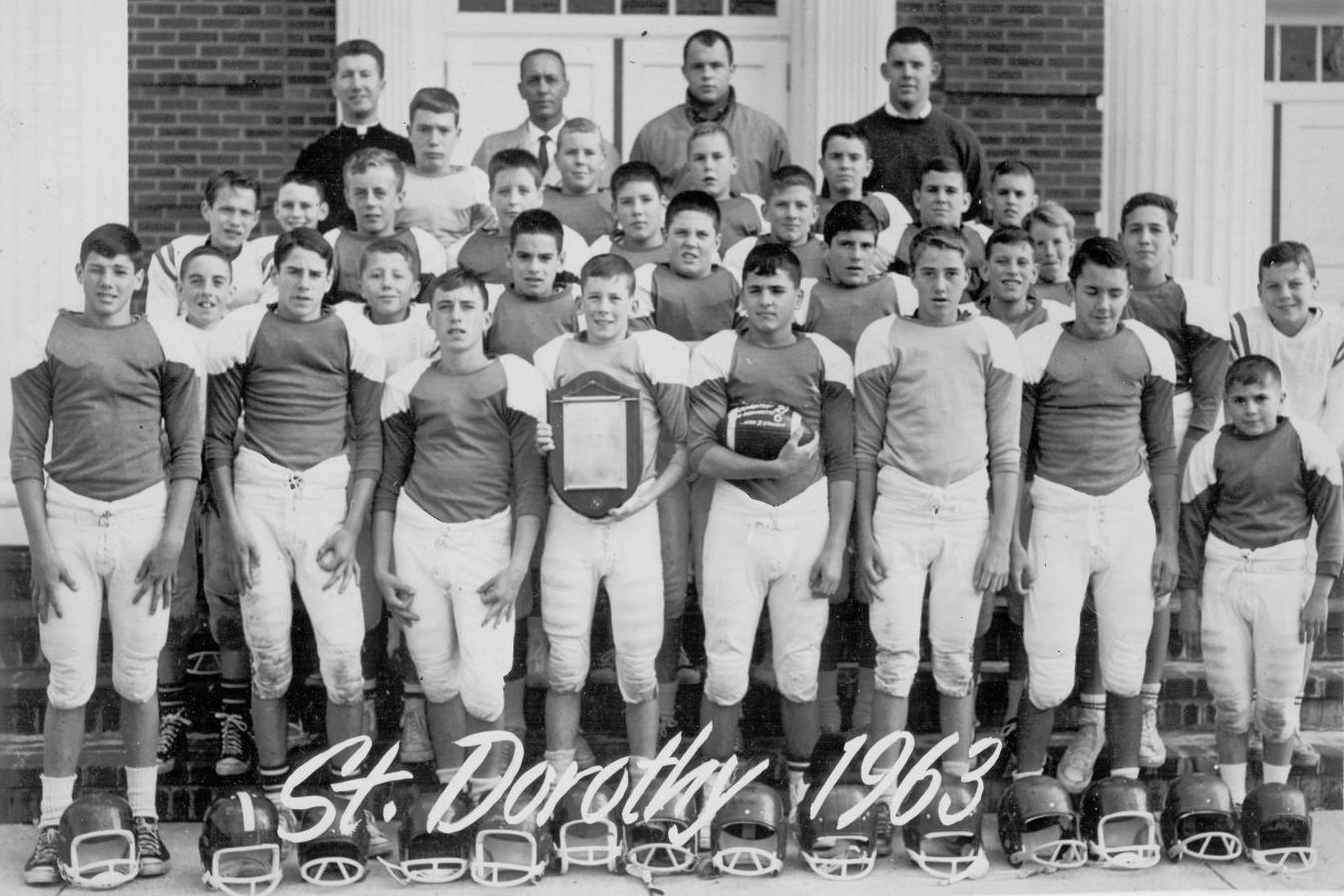 The St. Dot´s football team in 1963. They beat St. Bernie´s 21-6 that year.