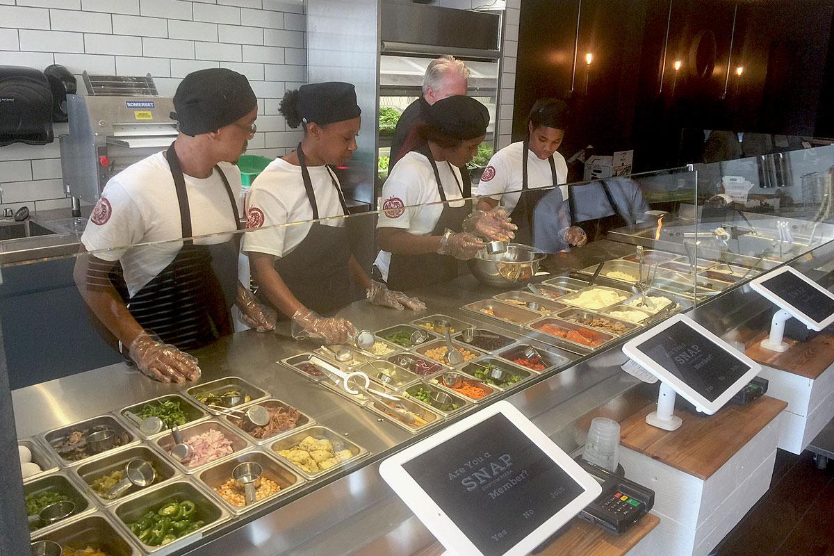 New Snap Custom Pizza in Conshohocken has touch-screen ordering.