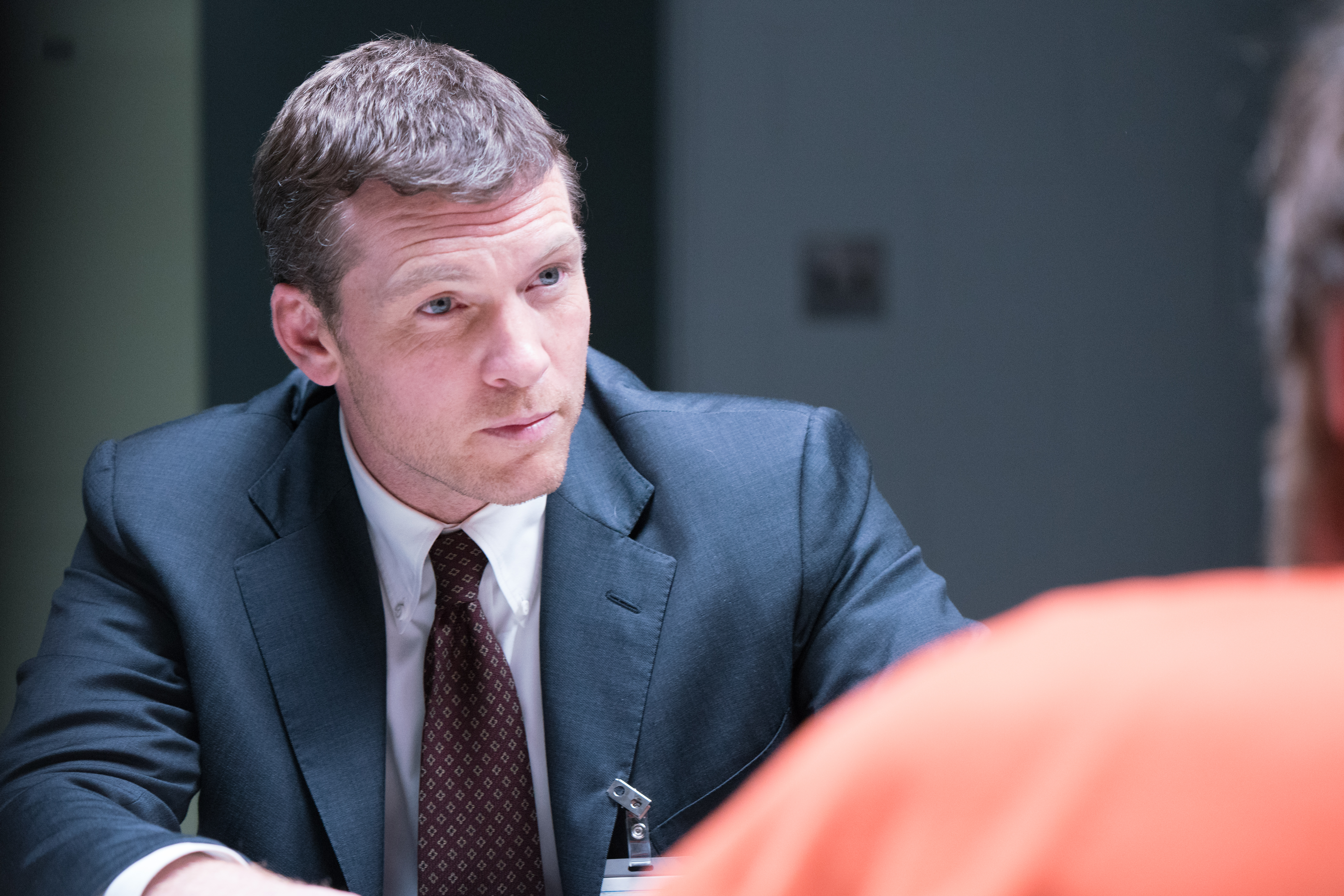 """Sam Worthington plays Olney´s Jim Fitzgerald, the FBI profiler whose work helped lead to the capture of Ted Kaczynski in Discovery´s """"Manhunt: Unabomber"""" (Credit; Discovery Channel)"""