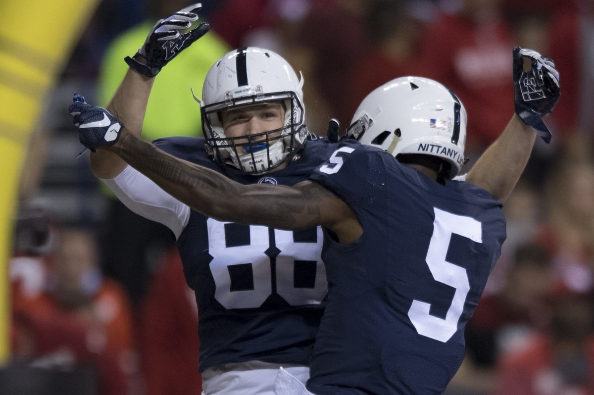 Penn State tight end Mike Gesicki (88) and DaeSean Hamilton are two key returnees from last season's Big Ten champion.