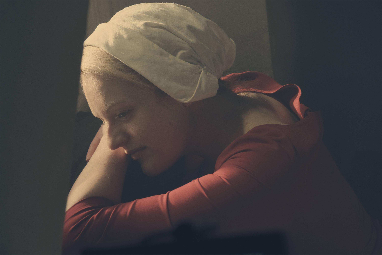 Elisabeth Moss as Offred in ´The Handmaid´s Tale.´ (George Kraychyk/Hulu/TNS)