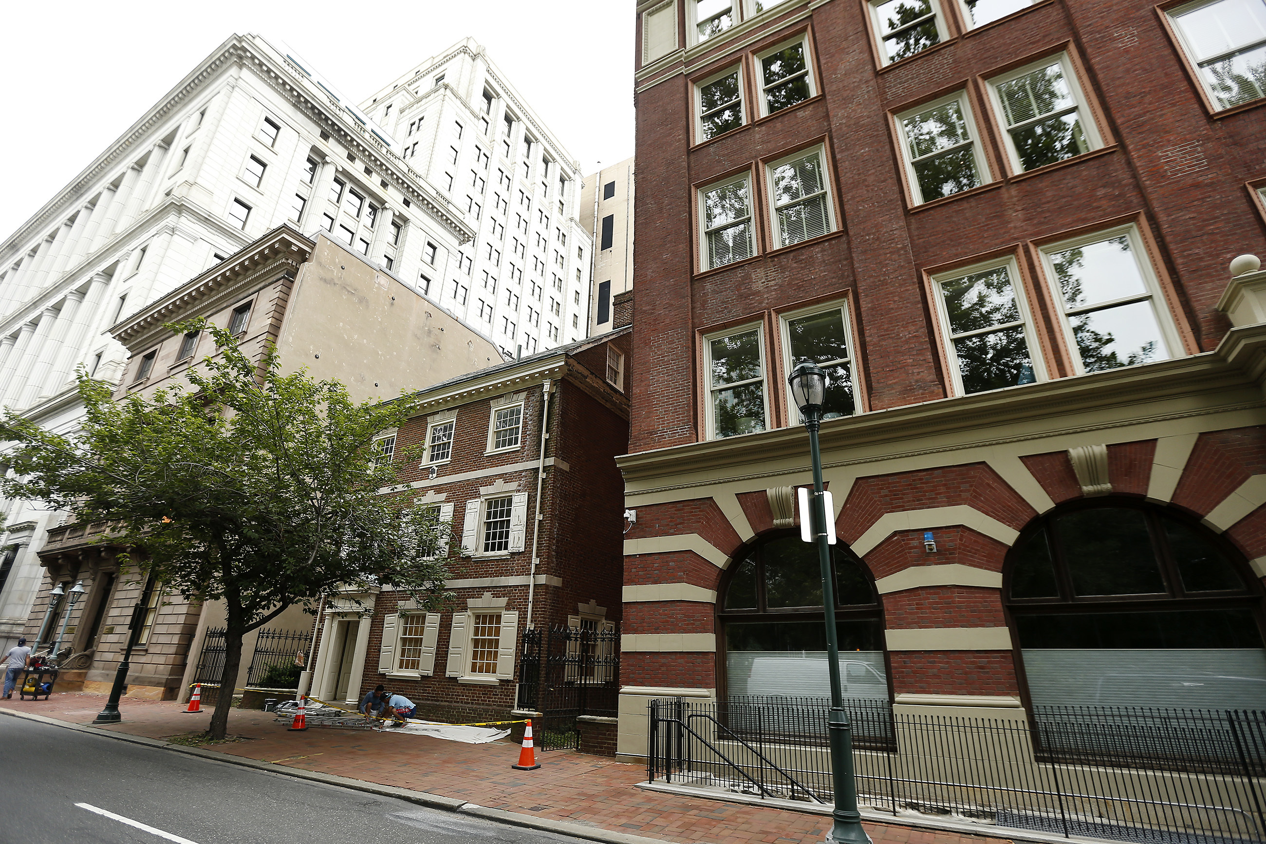A view of the 200 block of S. 6th Street, including the Dilworth House, center. (DAVID MAIALETTI / Staff Photographer)
