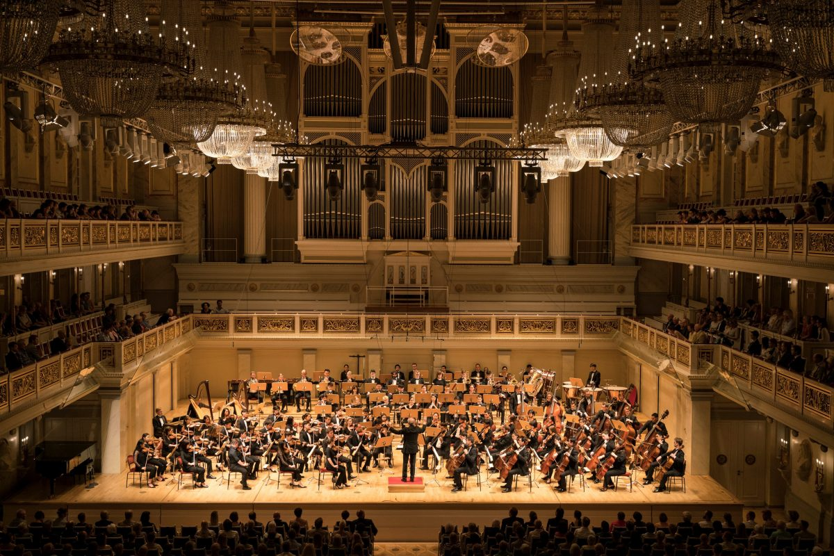 The Curtis Institute Orchestra, conducted by Osmo Vänskä, performs Tuesday at the Berlin Konzerthaus KAI BIENERT