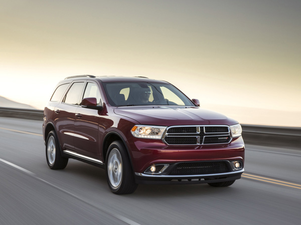 The 2014 Dodge Durango sports a number of mid-cycle tweaks to the SUV´s third-generation design. (Dodge/MCT)