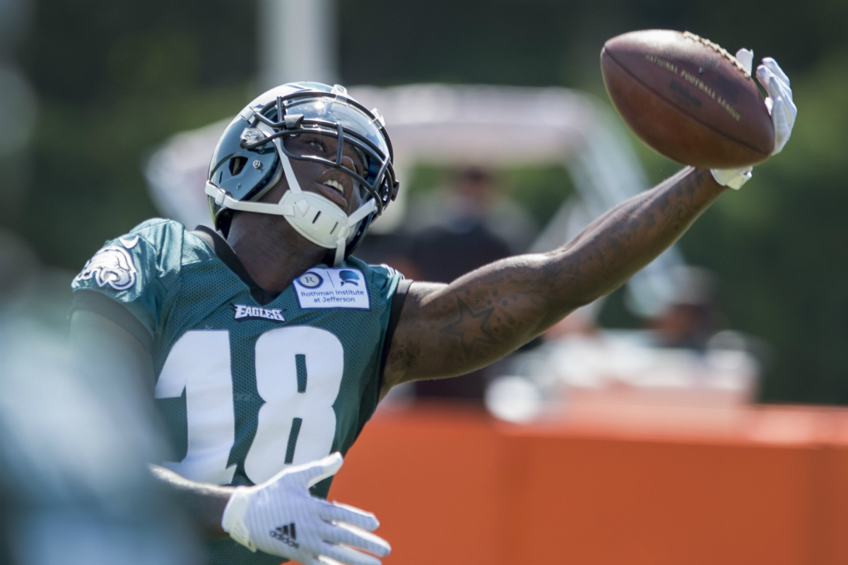 Eagles wide receiver Dorial Green-Beckham gets a hand on a pass in practice on Wednesday.