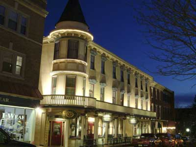 The Doylestown Inn, built in 1902. (Photo: Doylestowninn.com)