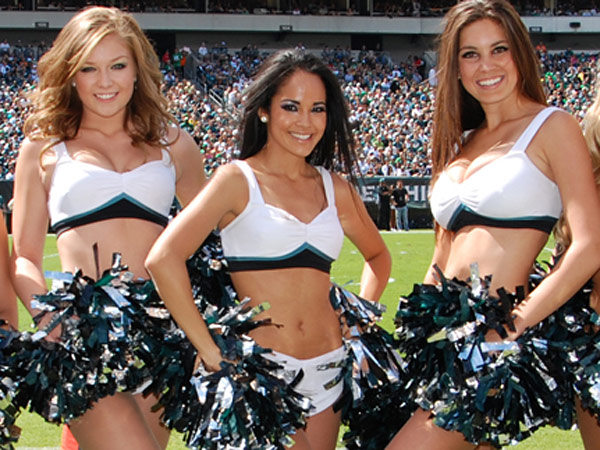 Members of the Eagles´ cheer squad in Vera Wang-designed uniforms. (Photo by Jay Baccile)