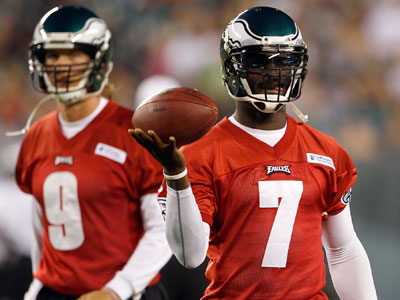 Eagles introduce new coaches, announce Vick's new deal