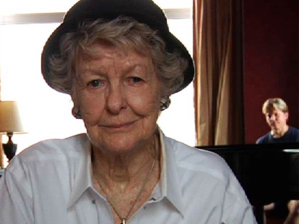 The Broadway belter and actress Elaine Stritch is featured in a compassionate and fearless documentary.