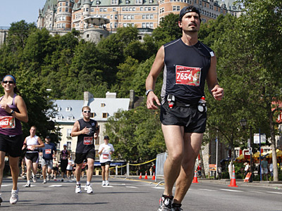 Eric Larose in a 2008 half-marathon in Quebec City. (Photo courtesy of Marasport Inc.)