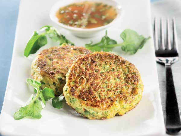 Spicy fish cakes with zesty citrus sauce make for a light Lenten meal. (Bill Hogan/Chicago Tribune/MCT)