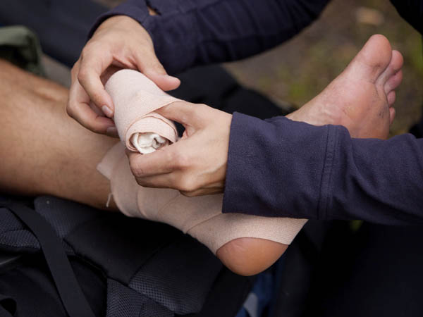 Learning how to successfully bandage an ankle is one of the many skills guests to tonight´s first aid class will acquire. (iStock Photo)