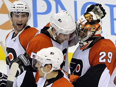 The Flyers face the Capitals tonight in their home opener. (Bill Kostroun / AP Photographer)