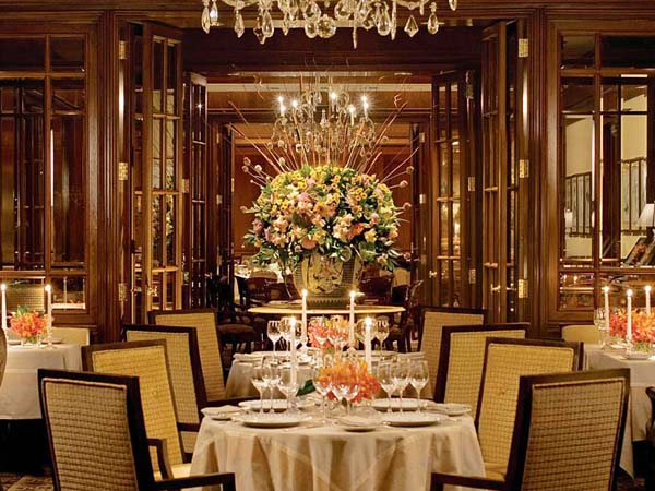 A dining room at the Fountain in the Four Seasons.
