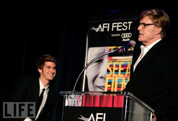 "Andrew Garfield (left) and Robert Redford stumping for Garfield´s movie debut, ""Lions for Lambs"""