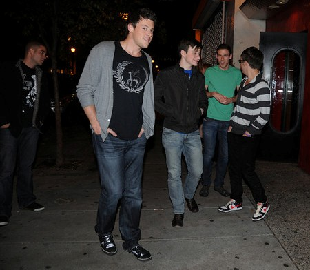 """Glee"" guys (from left) Mark Salling, Cory Monteith, Chris Colfer, unidentified, and Kevin McHale outside the Continental. They hoofed it back to their hotel. (Photo: HUGHE DILLON / phillychitchat.com)"