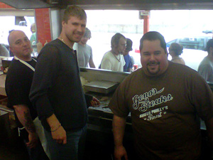 Ilya Bryzgalov working the grill at Geno´s.