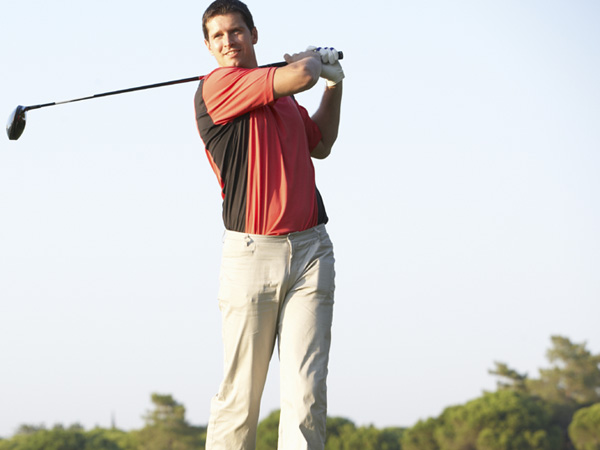Golfers can better their swing with slow motion analysis. (istockphoto.com)