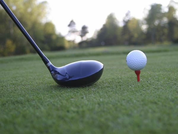 Take part in a hole-in-one putting challenge at the Market and Shops at the Comcast Center today. (iStock Photo)