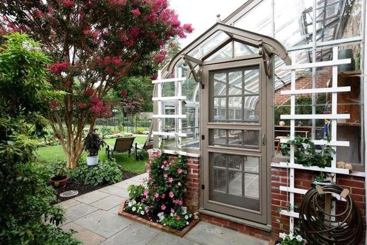Daily Calendar November 2016 : For sale grand houses with greenhouses philly