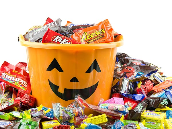 In North Dakota, though, one woman is handing out notes to chubby kids on Halloween instead of candy. (File photo)