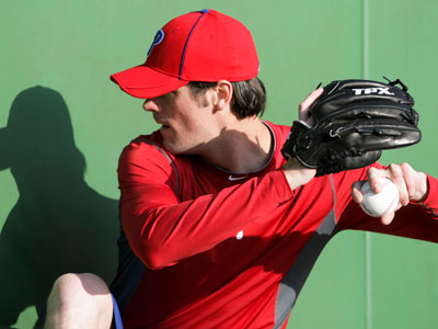 Cole Hamels works out at Bright House Field in Clearwater, Fla. on Tuesday.  (Yong Kim / Staff Photographer)