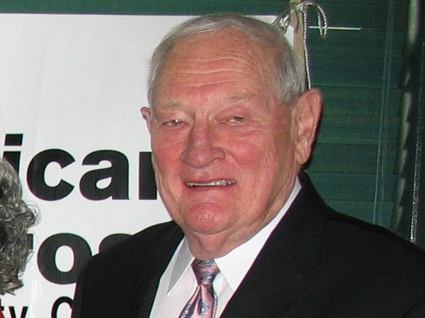 Former Eagles president and general manager Harry Gamble passed away Tuesday morning. (Inquirer file photo)