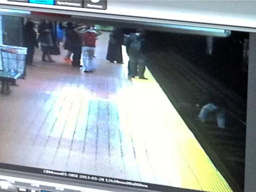 Knafelc jumped on the tracks at 12:40 p.m. this afternoon at Cecil B. Moore station along the Broad Street line when he saw another man stumble, then fall onto the tracks six feet below.