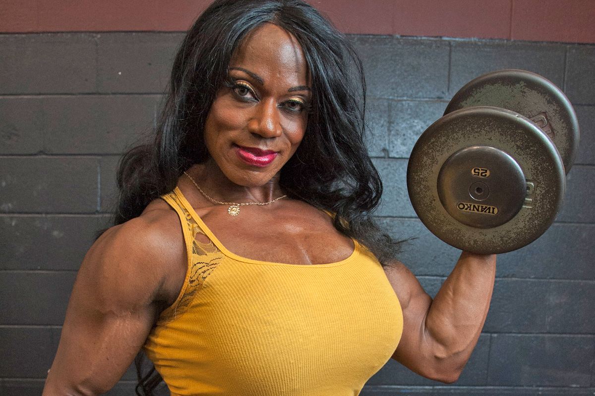 Local bodybuilder tracy hess to compete in arnold classic for Find a local builder