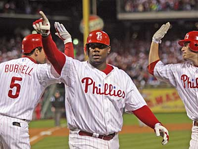 Phillies first baseman Ryan Howard has asked for $18M in arbitration. (Yong Kim / File photo)