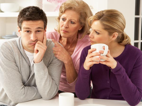 The problem is that Ex´s parents want to visit me and insist on coming to my home that I share with my current partner.