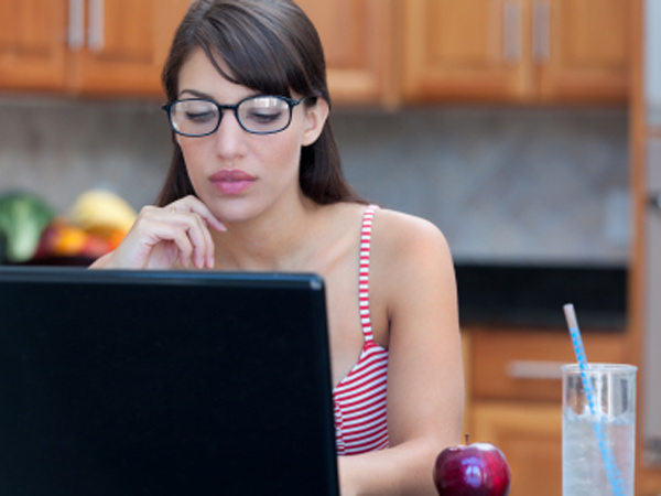 She wants to prepare healthy meals, but her new husband isn´t doing his part. (iStock photo)