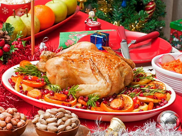 Roasted chicken makes a great main course for a Christmas feast. (iStock photo)