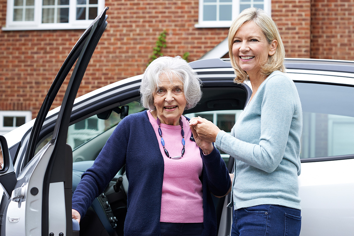 A doctor's 4 tips to help seniors keep - or stop - driving ...