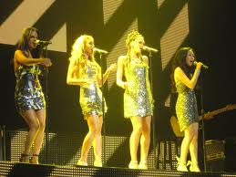 The ´Idol´ ladies belt one out