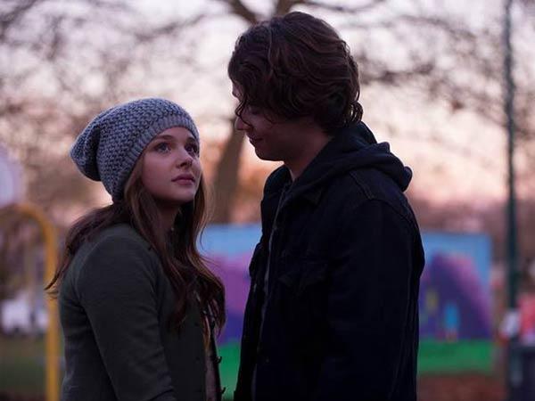 Chloe Grace Moretz and Jamie Blackley in ´If I Stay.´ (Photo via Warner Bros.)