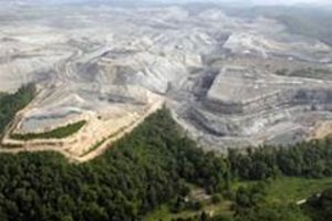 Mountaintop removal mining in West Virginia. (Photo: U.S. Environmental Protection Agency)