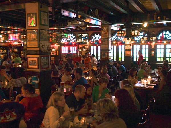 McGillin´s Olde Ale House, which opened in 1860, is on Drury Street in Center CIty.