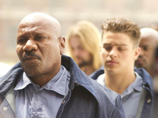 ´Jamesy Boy´ stars Spencer Lofranco (right) in the title role and Ving Rhames as a mentor.