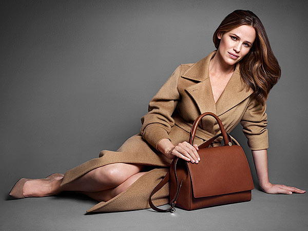 Jennifer Garner stars in the brand´s Fall 2013 campaign. (Mario Sorrenti / Max Mara)