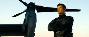 Josh Duhamel, in heroic mode in the upcoming ´Transformers: Dark of the Moon´.