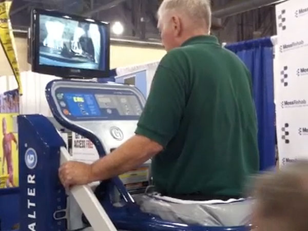 That´s John testing out the anti-gravity treadmill at the Expo.