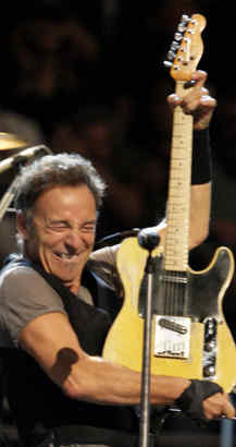 Bruce Springsteen in concert at the Wachovia Spectrum on Oct. 20, 2009.   ( Elizabeth Robertson / Staff Photographer )  EDITORS NOTE::  DDABRUCE21 112917  Bruce Springsteen concert at the Wachovia Spectrum