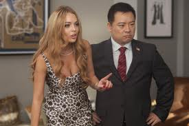 Lindsay Lohan and Rex Lee pick the winning choir