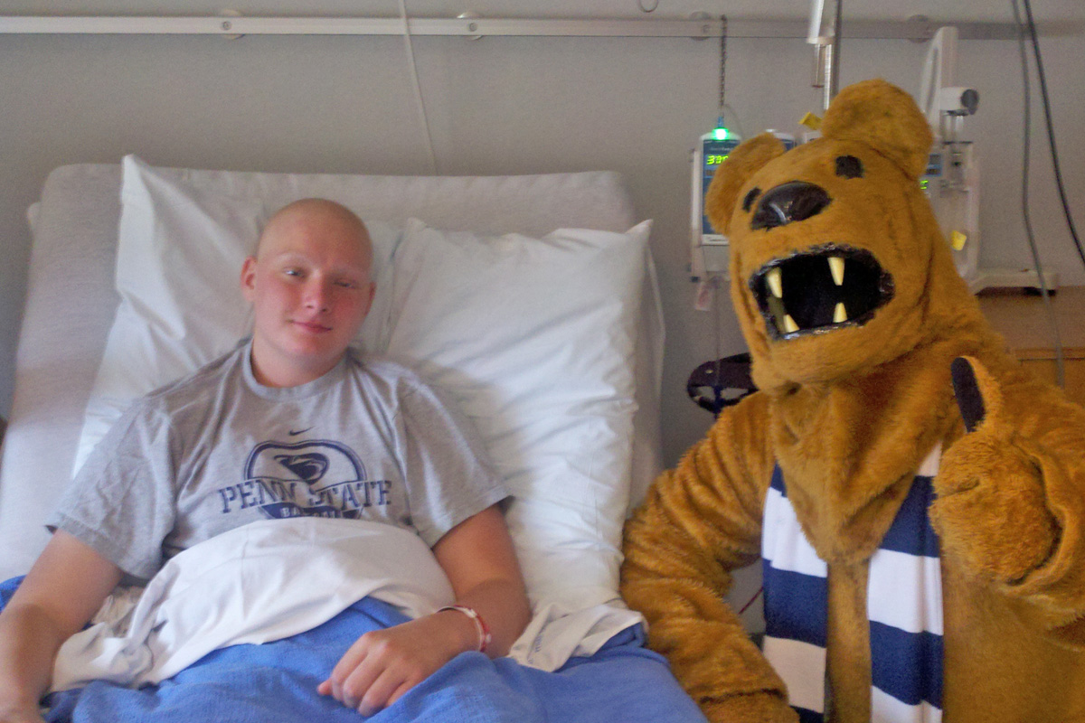 The Penn State Nittany Lion visited Hayes while he was receiving inpatient chemotherapy treatment at the Penn State Hershey Children´s Hospital (December 2011)