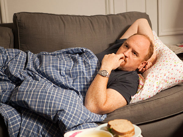 "This image released by FX shows Louis C.K. in a scene from ""Louie.""  (AP Photo/FX)"