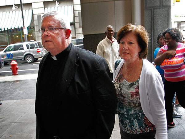 Monsignor William Lynn arrives at the Criminal Justice Center in Philadelphia on Tuesday, June 12, 2012. ( ALEJANDRO A. ALVAREZ / STAFF PHOTOGRAPHER )