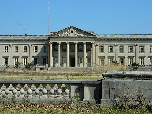 Another 1m Chopped Off Lynnewood Hall Philly